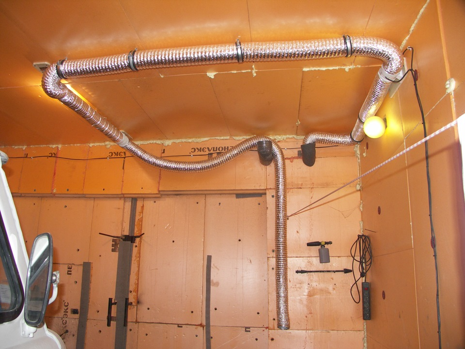 монтаж вентиляции в коттедже